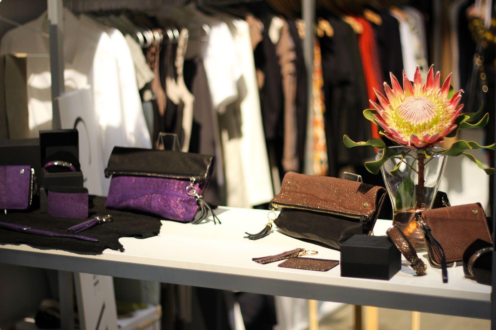Studio Ayasse - Lachsleder-Clutch - Cologne Fashion Days