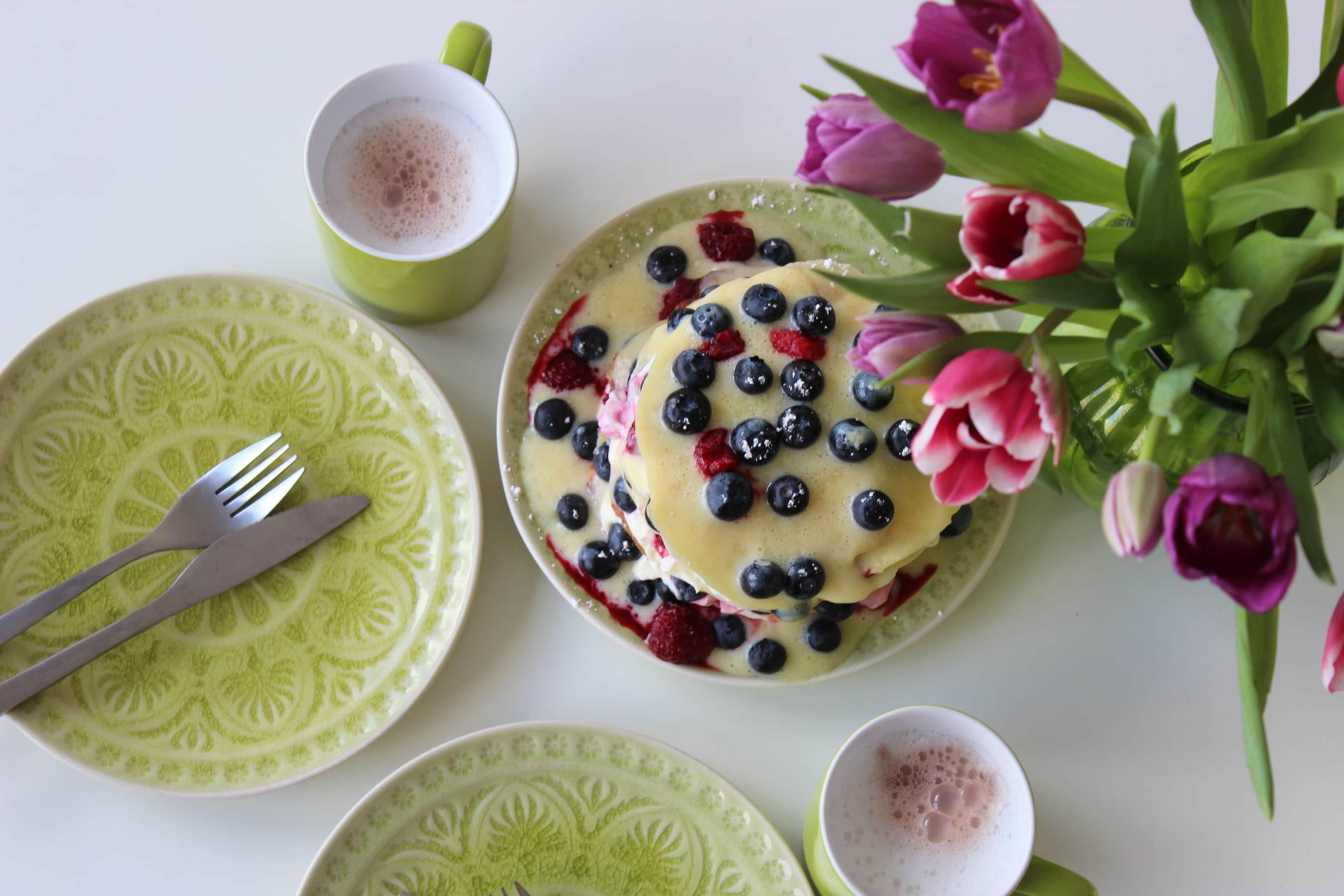 Rezept für traumhaft fluffige Pancakes mit Heidelbeeren