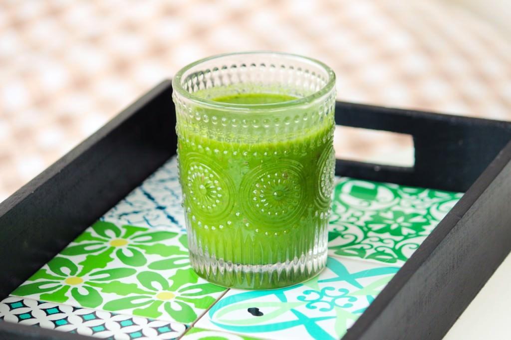 Des Belles Choses - Gesundes Frühstück mit Green Smoothie 4