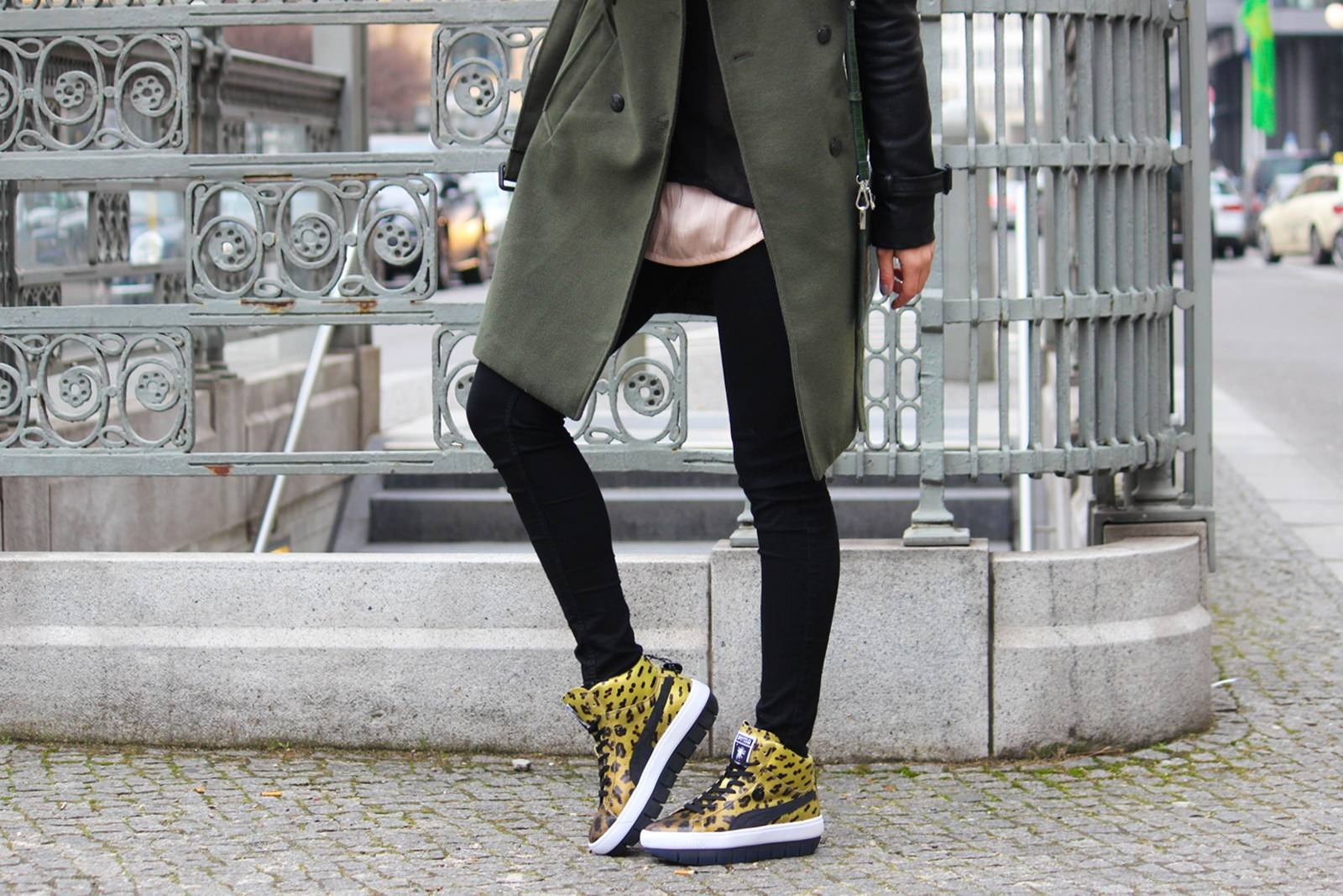 Des Belles Choses - Outfit - Puma Leo Sneakers 9