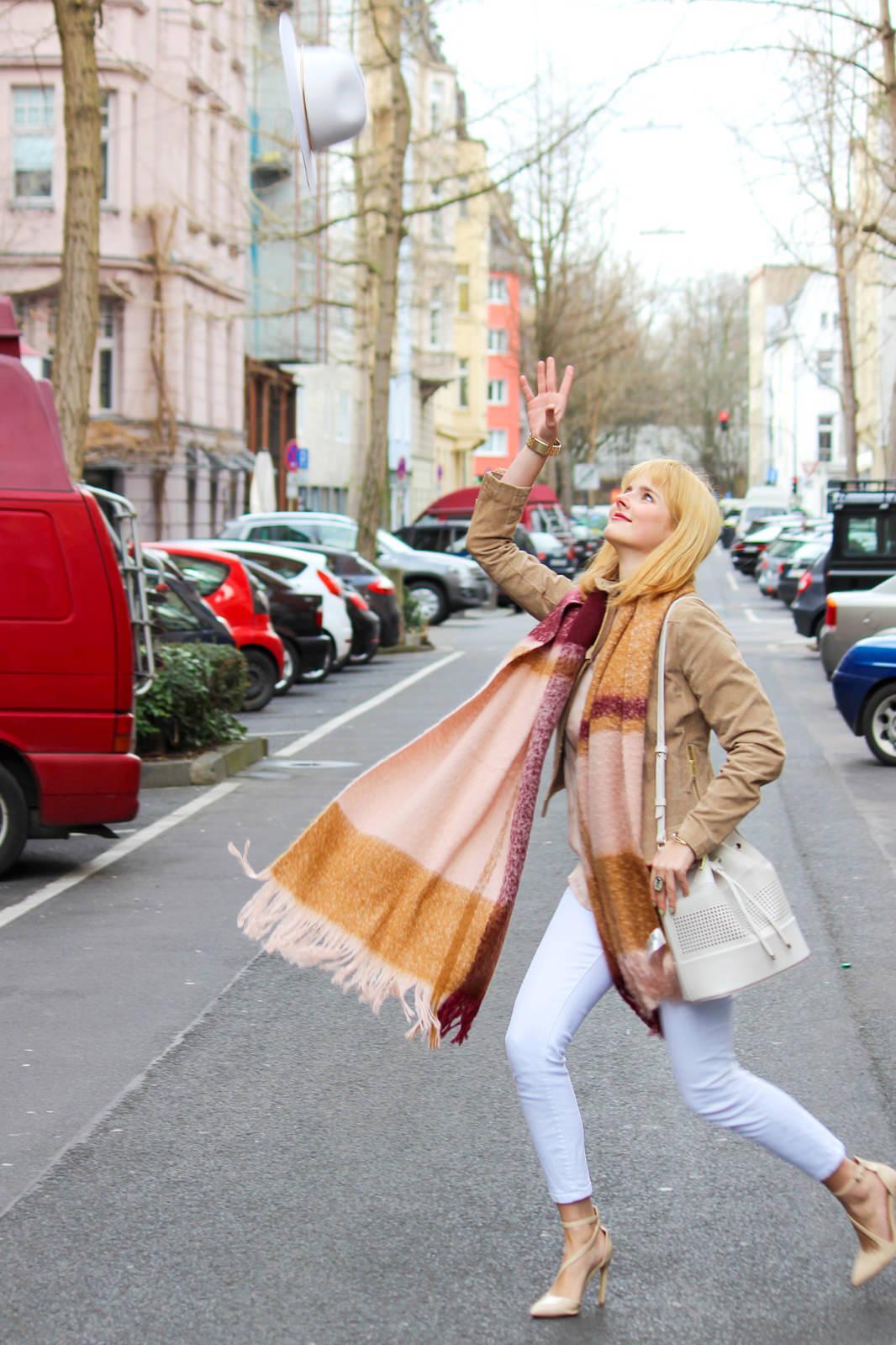 Des Belles Choses - Fashion Blog Cologne - Belgisches Viertel Outfit 10