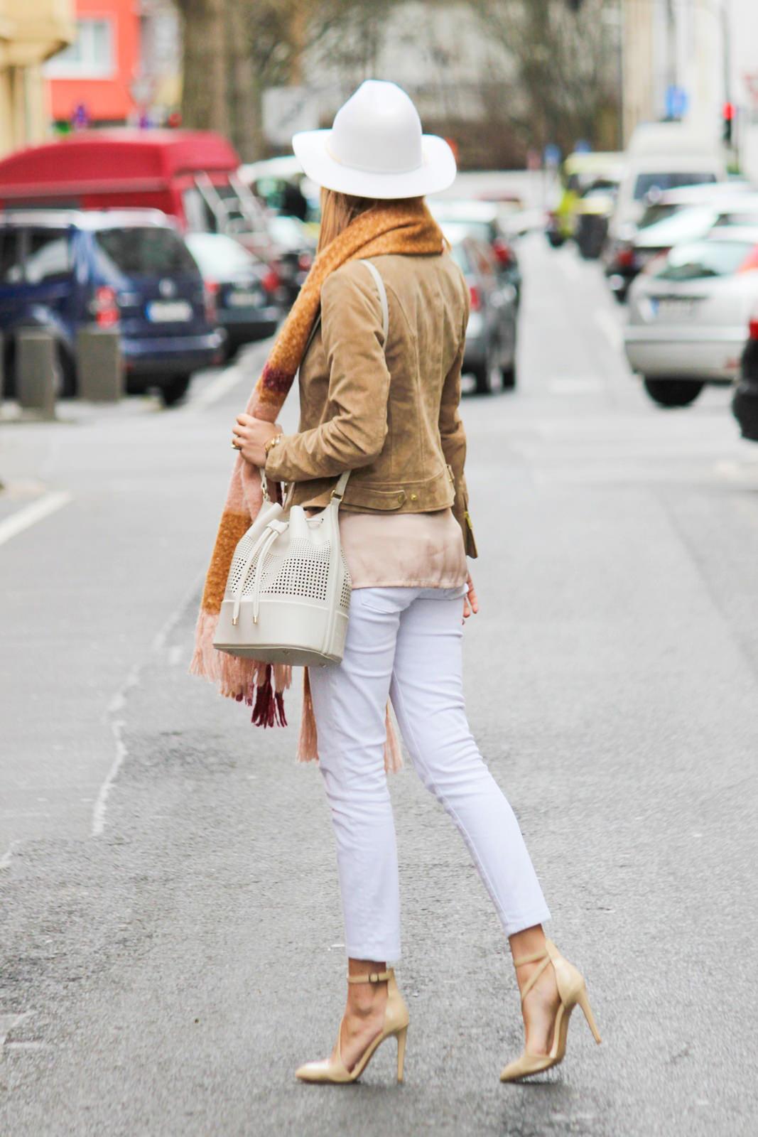 Des Belles Choses - Fashion Blog Cologne - Belgisches Viertel Outfit 1