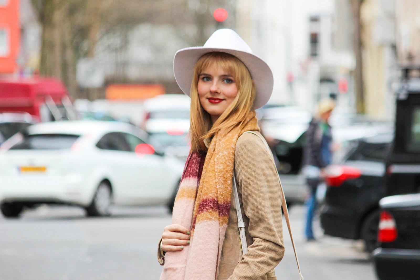 Des Belles Choses - Fashion Blog Cologne - Belgisches Viertel Outfit 3