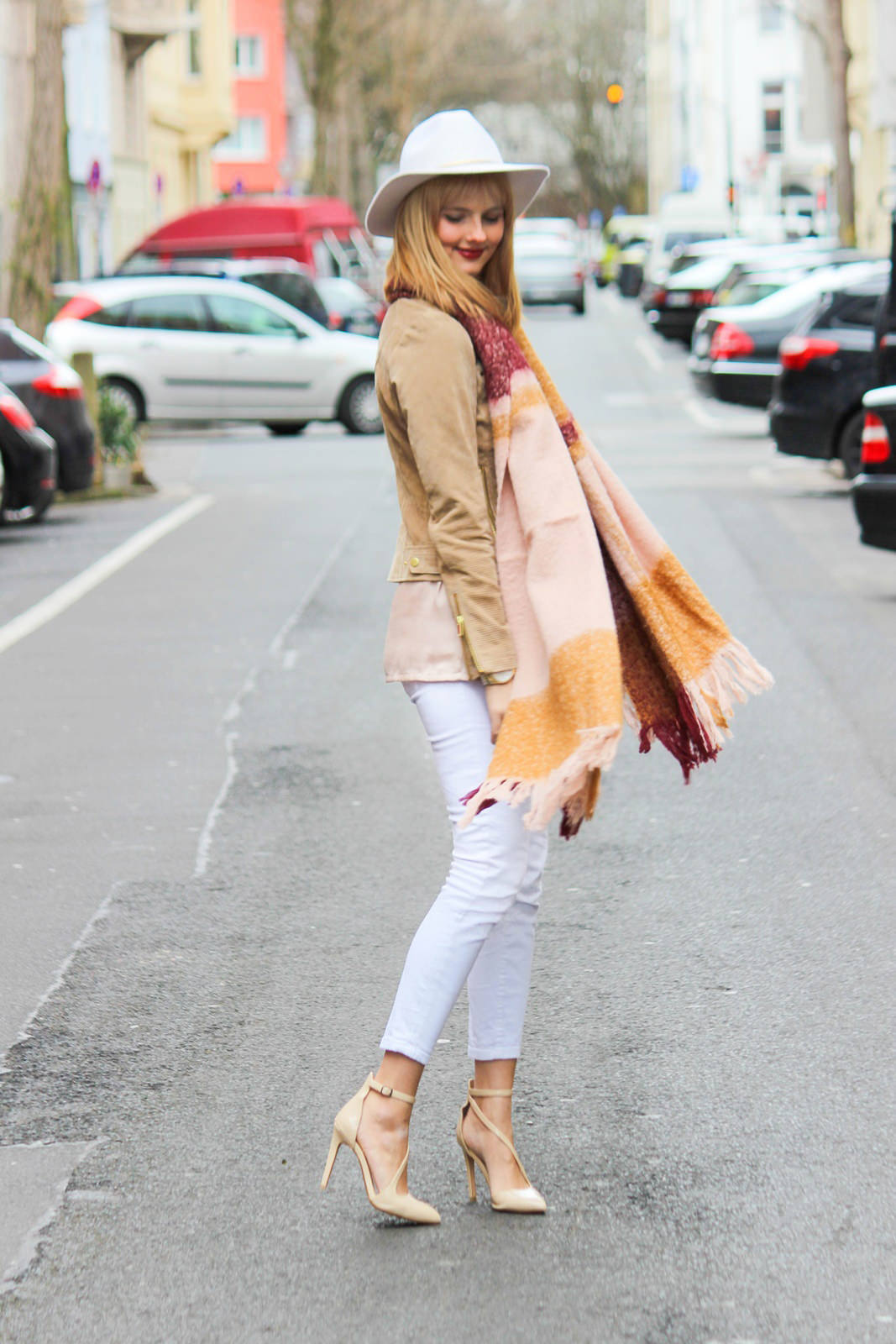 Des Belles Choses - Fashion Blog Cologne - Belgisches Viertel Outfit 4