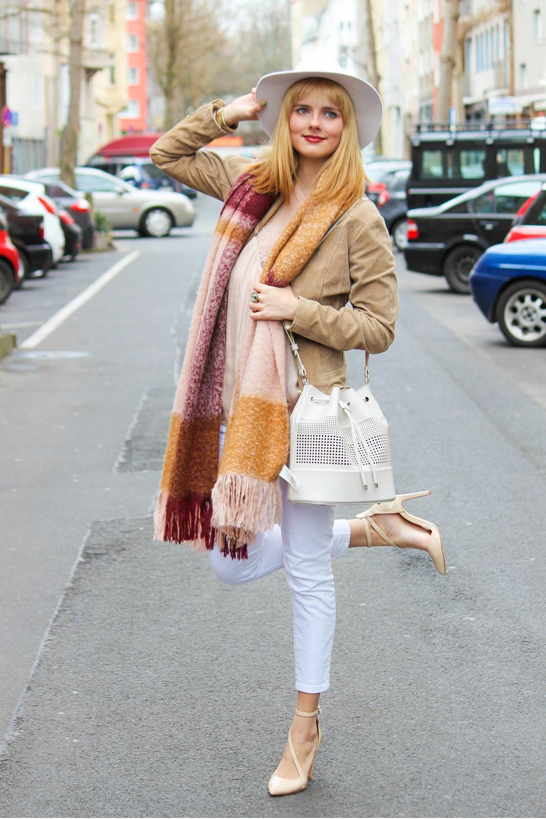 Des Belles Choses - Fashion Blog Cologne - Belgisches Viertel Outfit 8