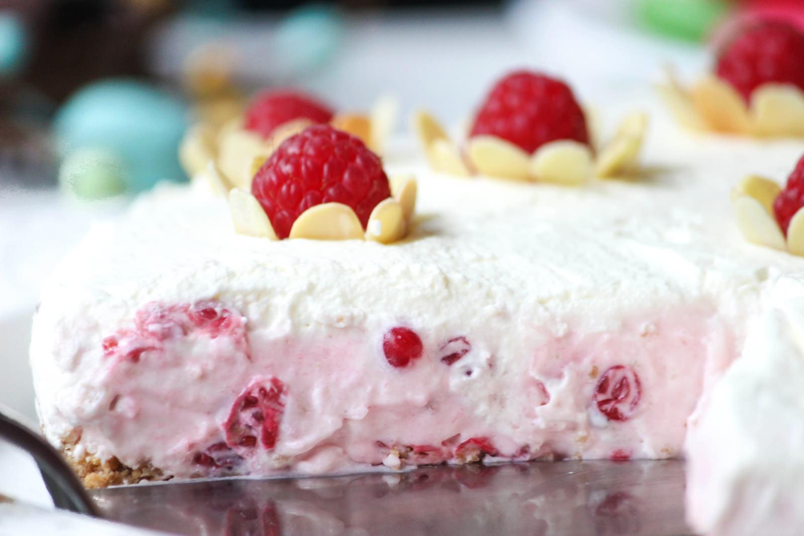 Des Belles Choses - Oster Dessert - Rezept Johannisbeer-Joghurt-Torte 2