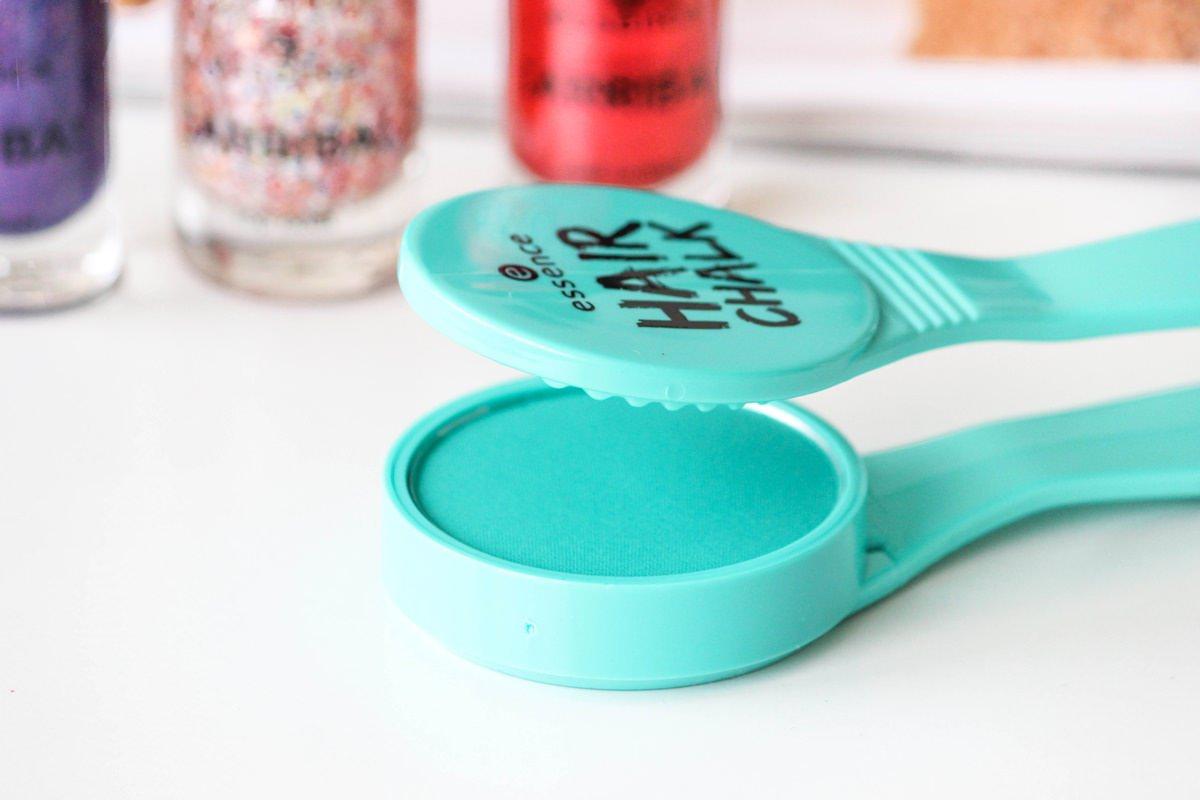 ¡arriba! LE essence - Hair Chalk 02 Macarena Mint