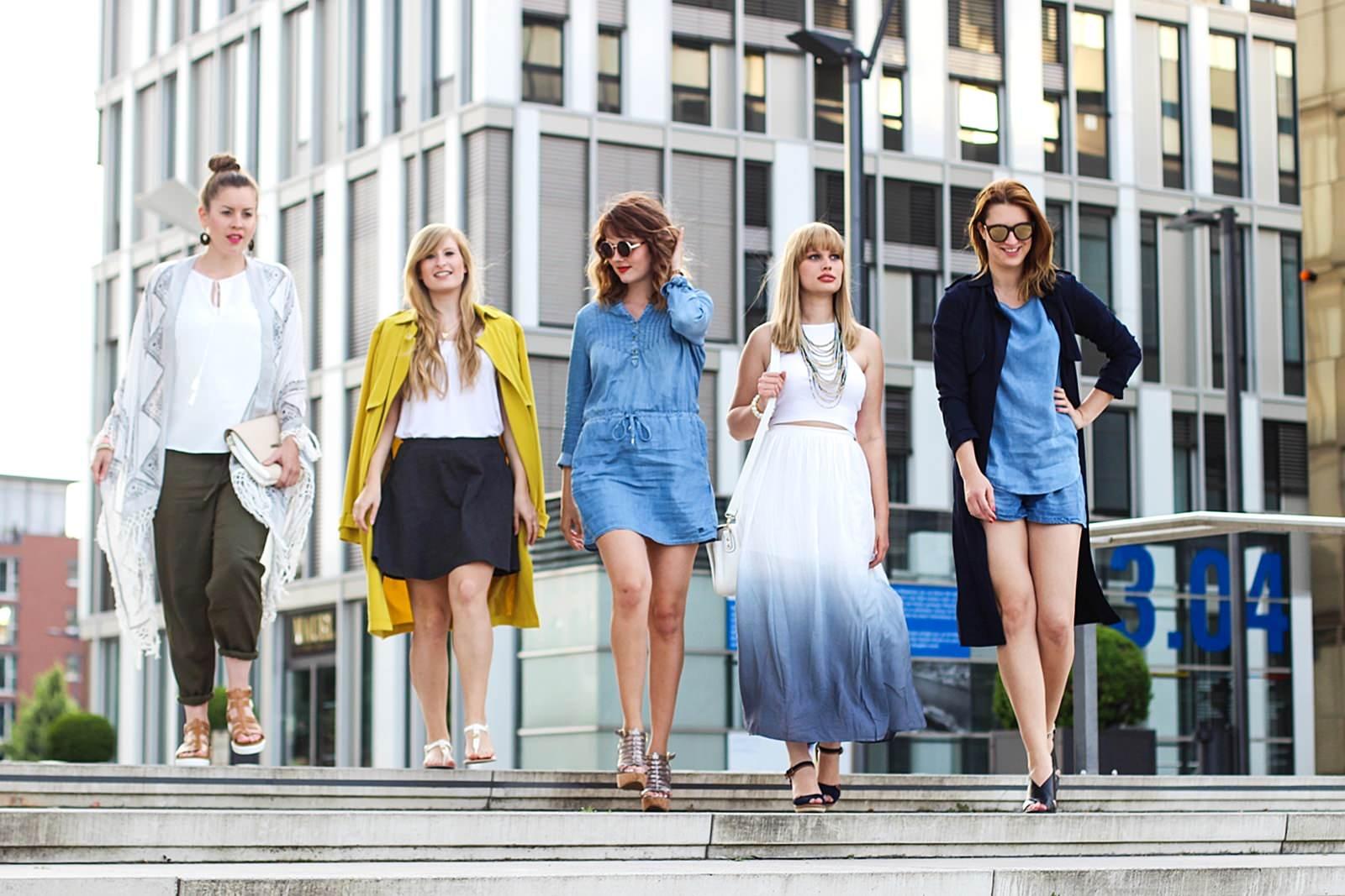 Kölner Blogger am Rheinhafen: Sommer Trends - Chambrey-Jeans Kleid von Tom Tailor, goldene Plateau-Heels, runde Sonnenbrille am Rheinauhafen, Köln