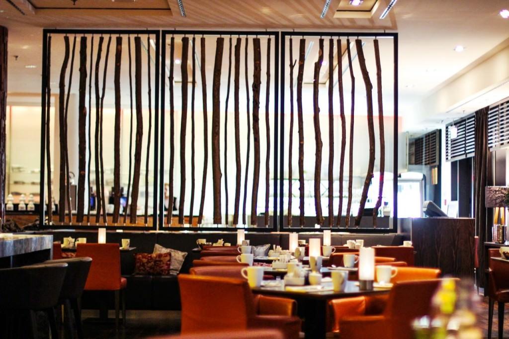 desbelleschoses-radisson-blu-hotel-berlin-fashion-week-juli-frühstück 3