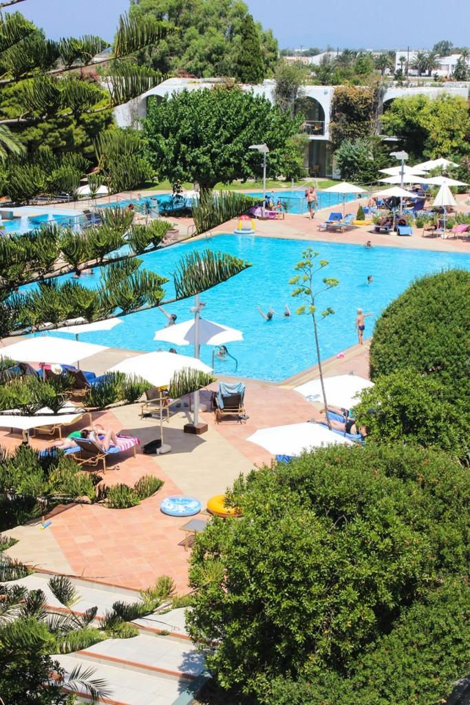 desbelleschoses-hotel-review-kos-caravia-beach 4