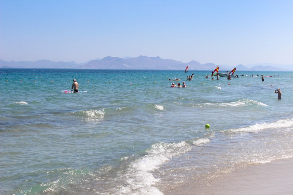 desbelleschoses-hotel-review-kos-caravia-beach -strand 3
