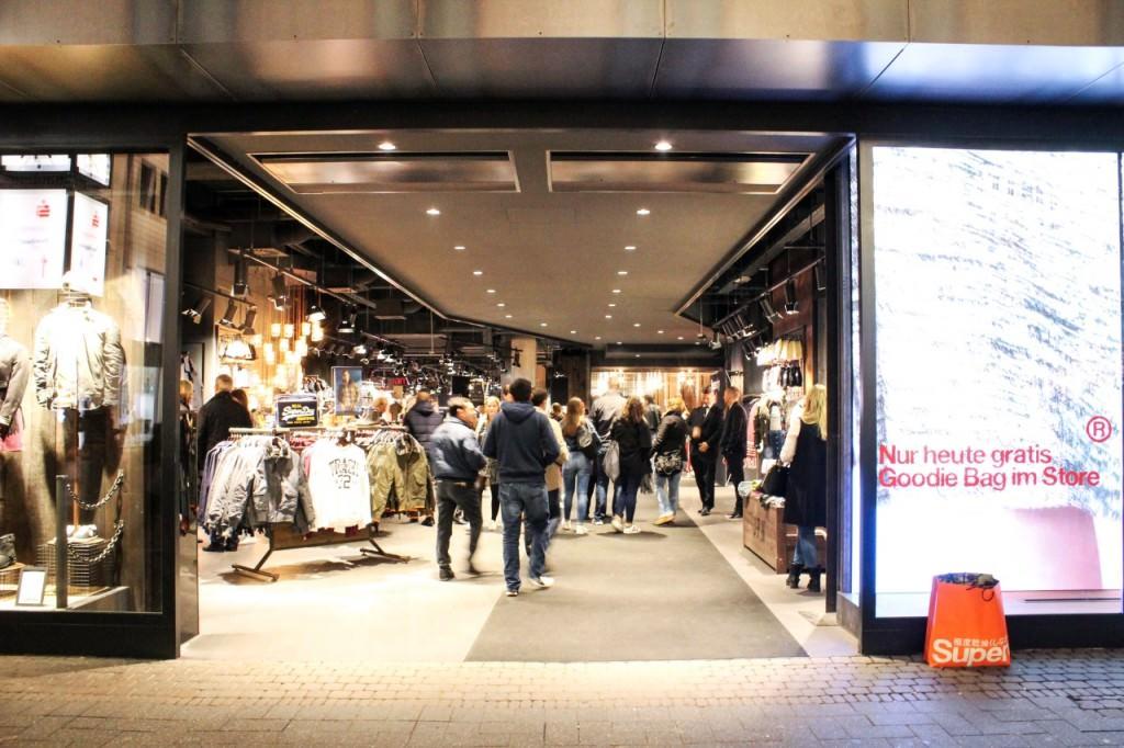 Superdry Opening in Köln