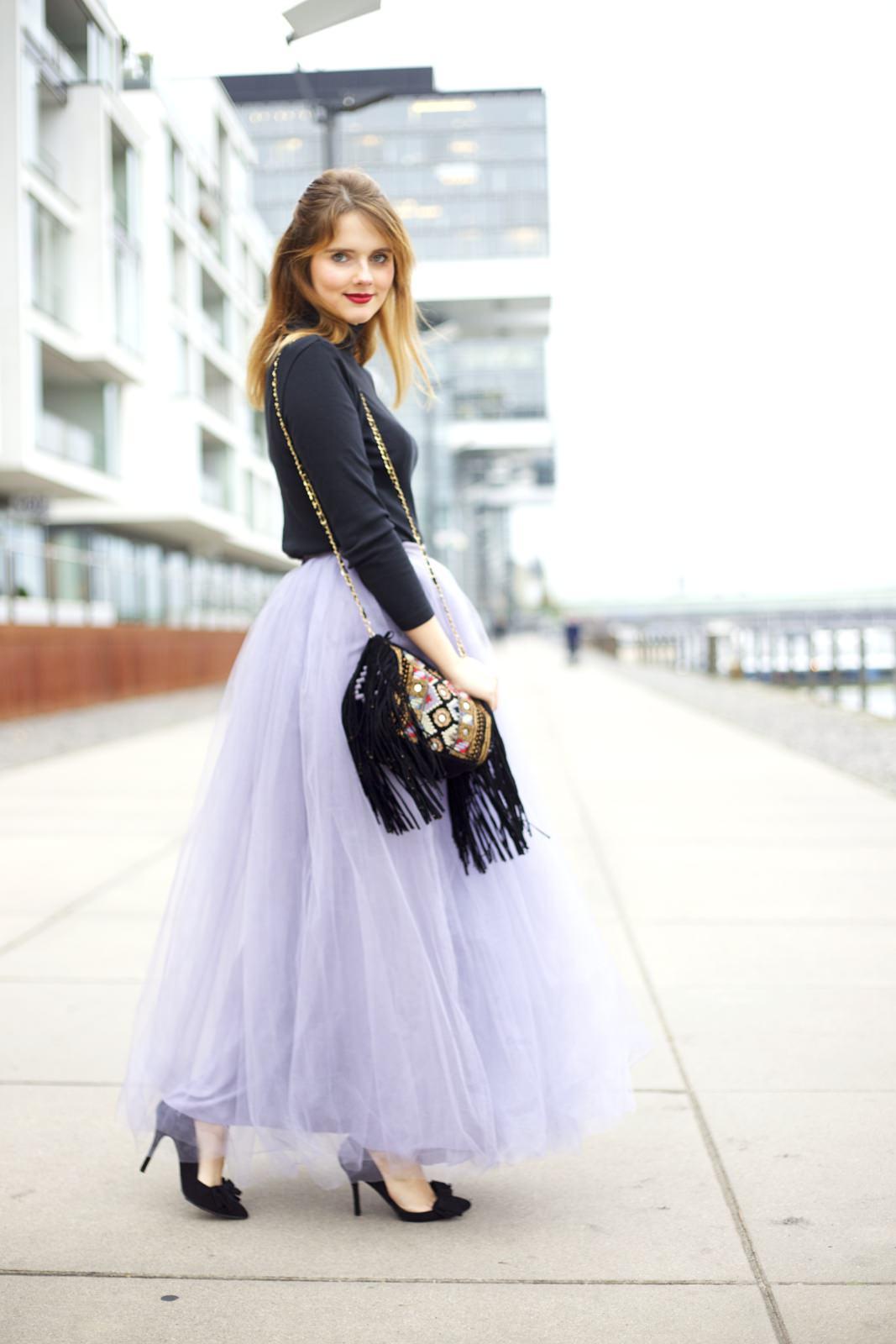 outfit f r glamour se feiertage der t llrock des belles. Black Bedroom Furniture Sets. Home Design Ideas