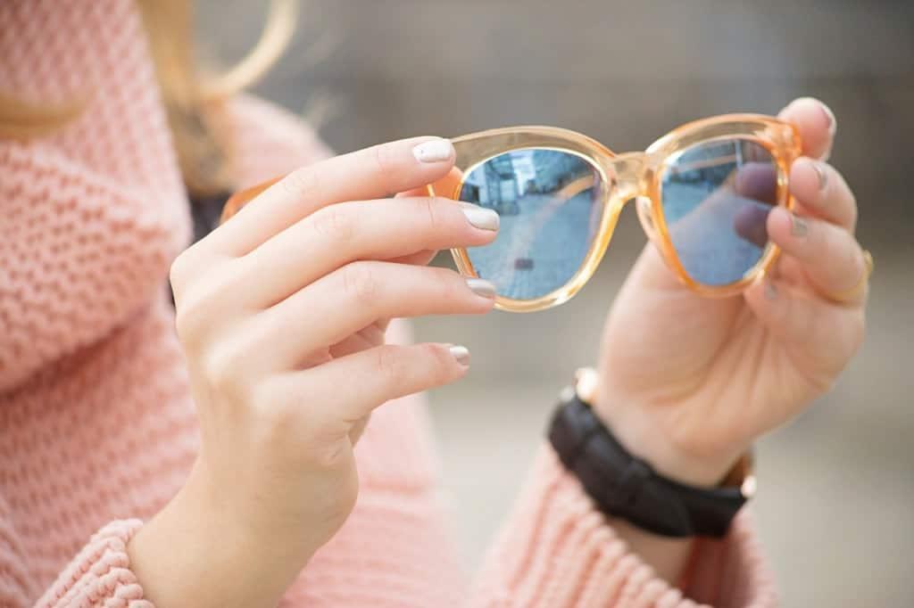 desbelleschoses-fashion-blog-deuschland-köln-70ies-trends-im-winter-outfit-mit-rollkragen-pullover-und-fransen 7