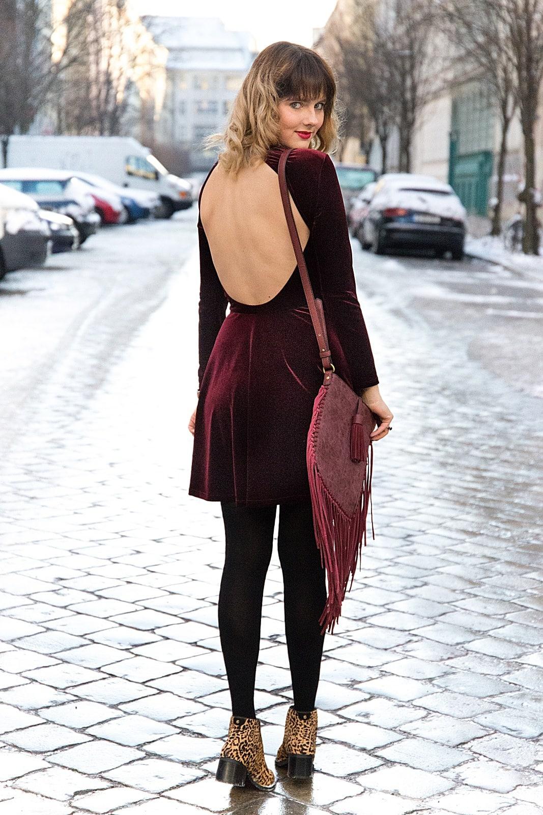 desbelleschoses-fashion-blog-köln-deutschland-berlin-fashion-week-januar-2016-streetstyle-tag-2-samtkleid-leo-boots 7