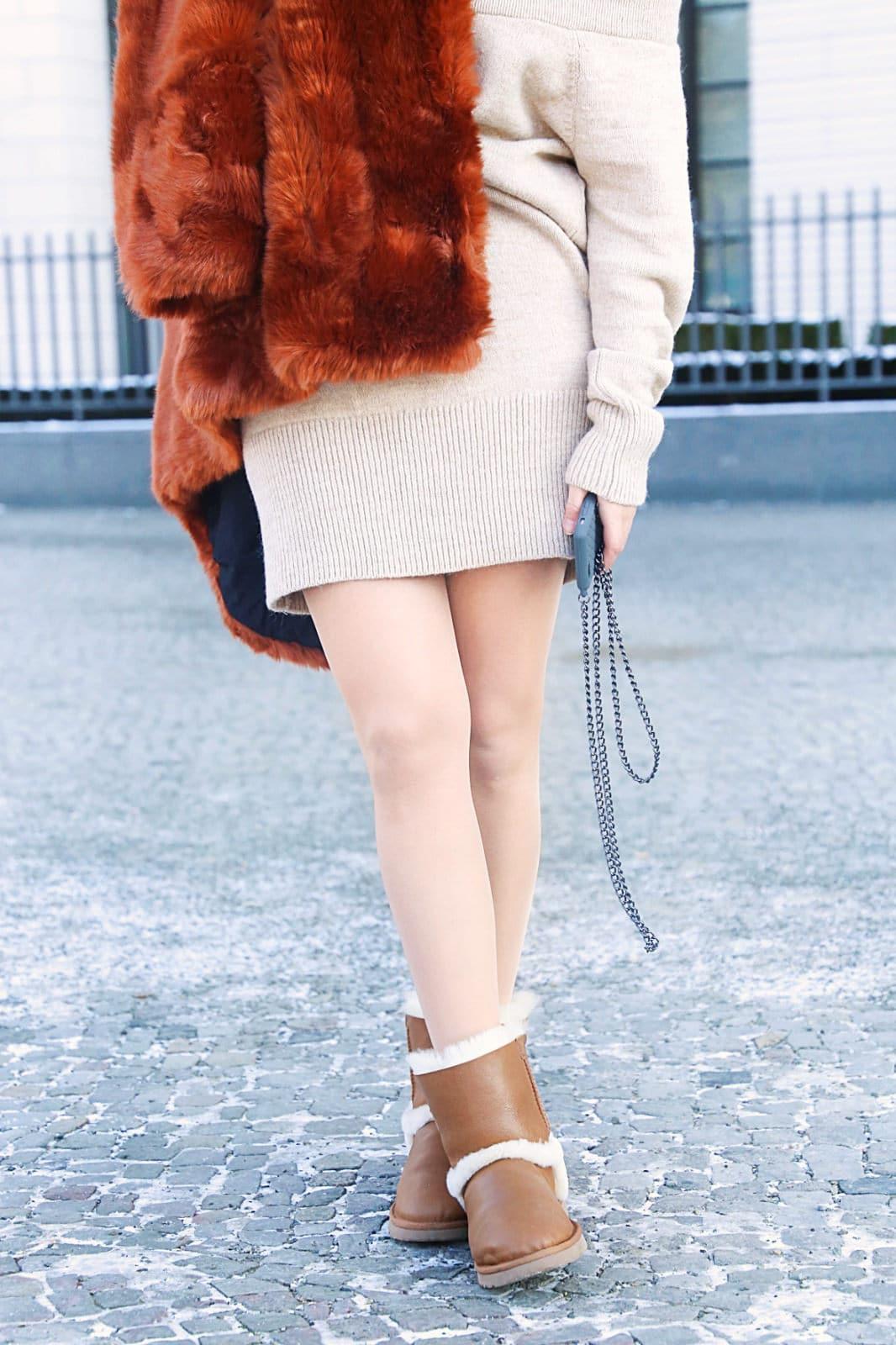 Outfit – Schulterfreies Pulloverkleid und UGG Boots Airehart