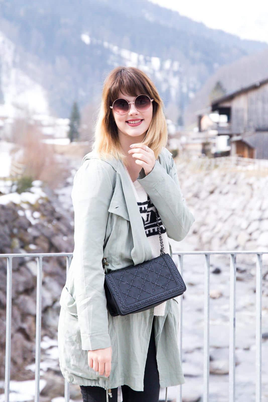 Conleys Parka & Sneakers – mein Outfit in den Bergen