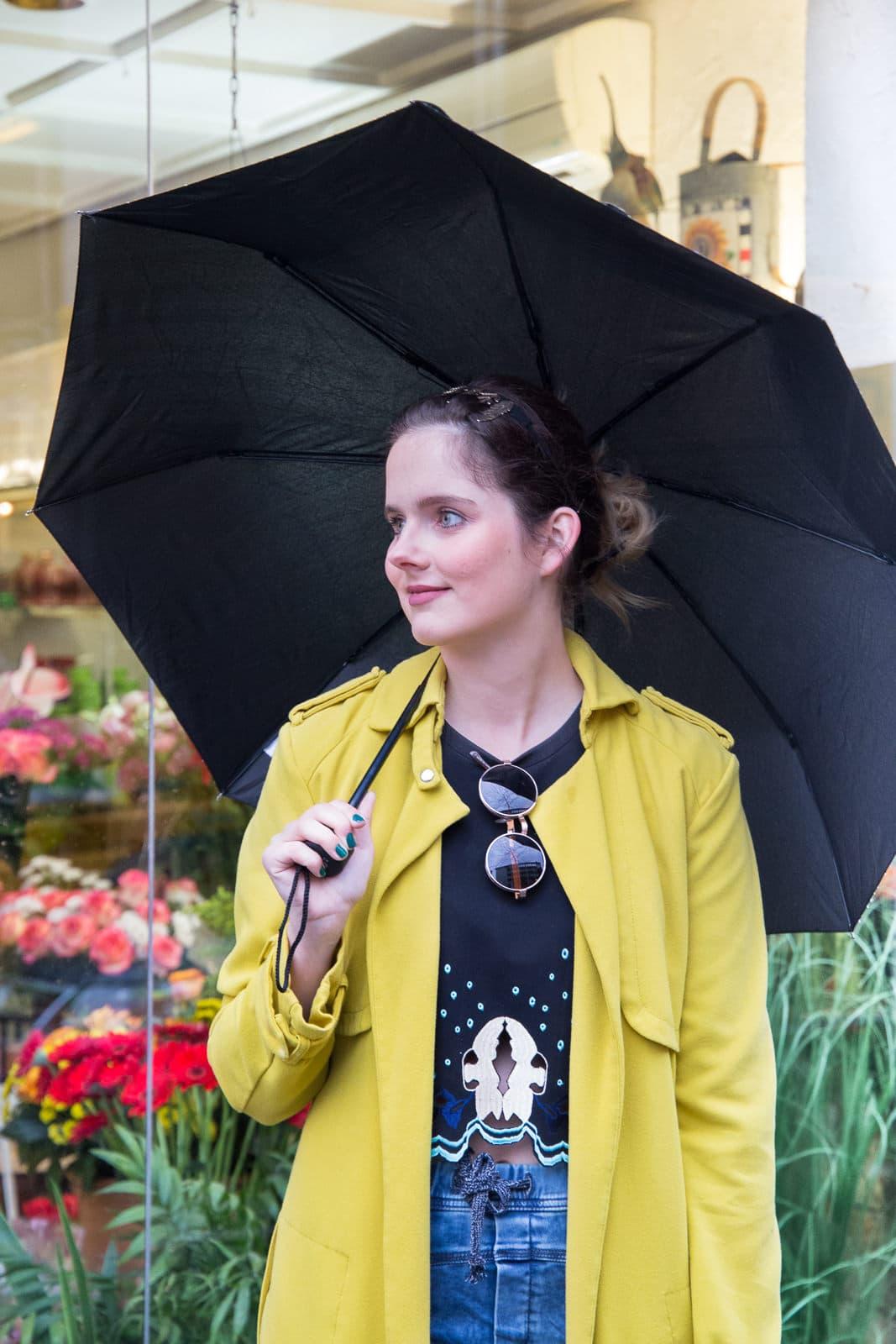 Frühlingshaftes Outfit trotz Aprilwetter: Gant Sneakers mit Flowerprint