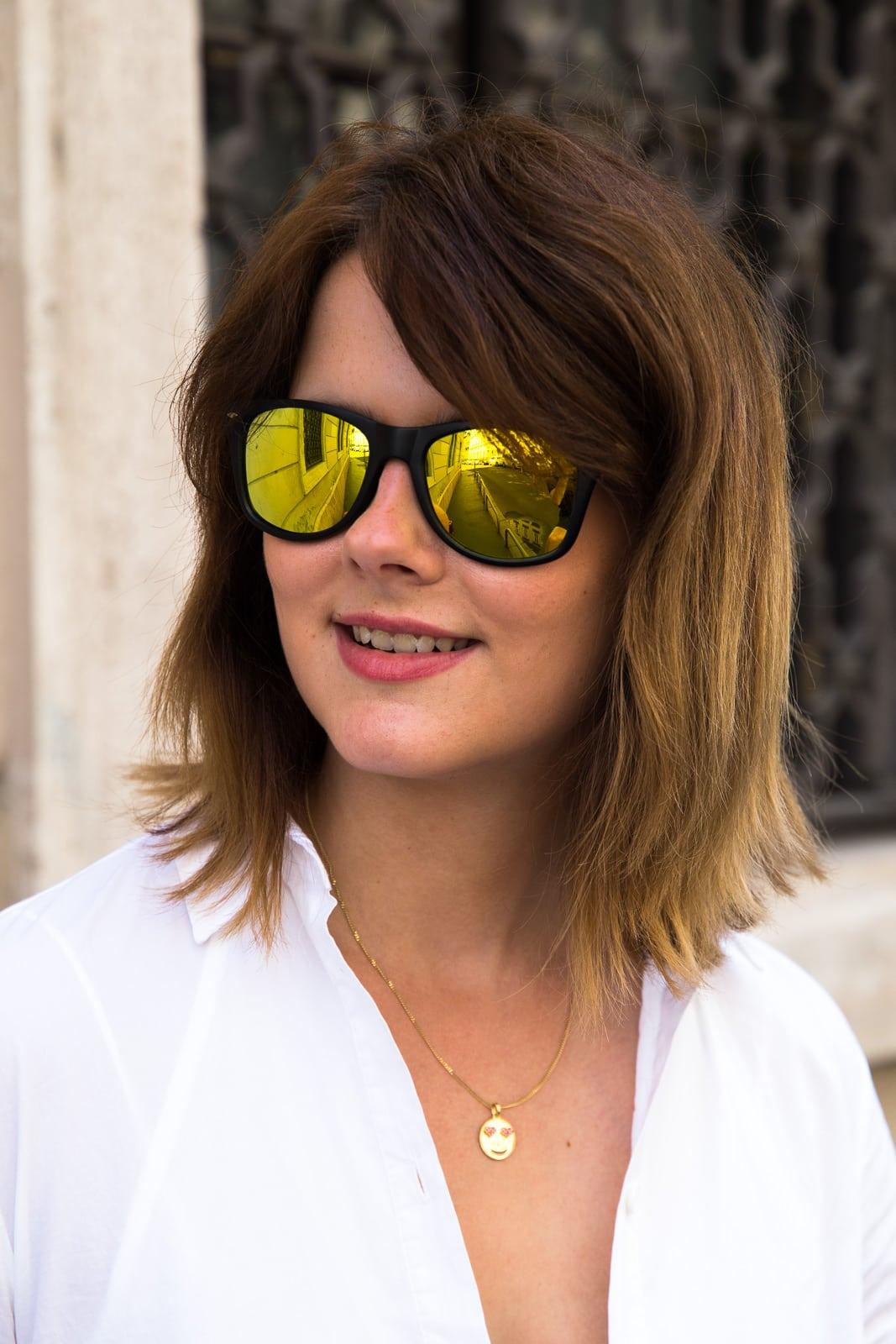 Städtereise Budapest: Weißes Hemdkleid & Pompom Sandalen