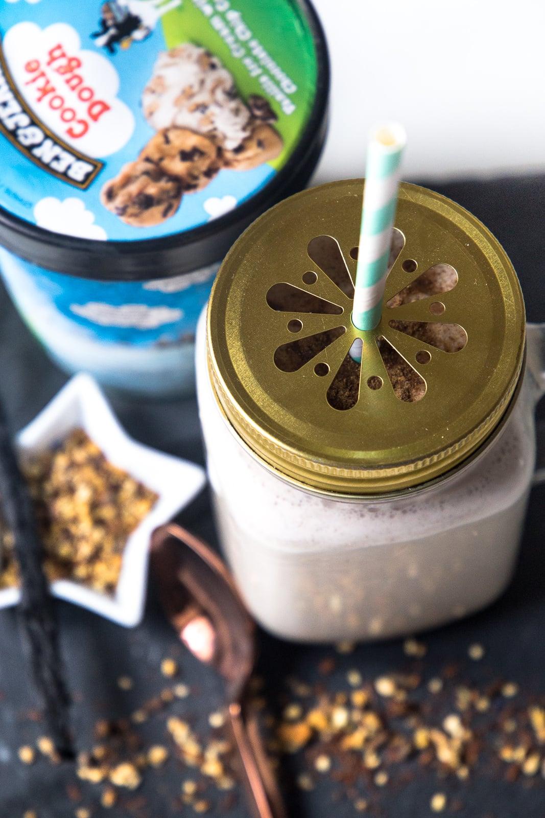 Vorweihnachtliches Rezept mit Zimt: Cookie Dough Milkshake