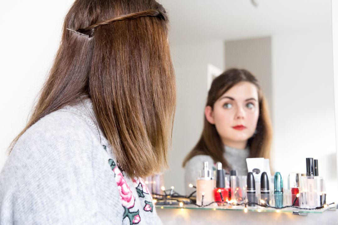 weihnachts-look-2016-frisur-make-up-styling-mit-braun-get-ready-with-me-blog-des-belles-choses-26