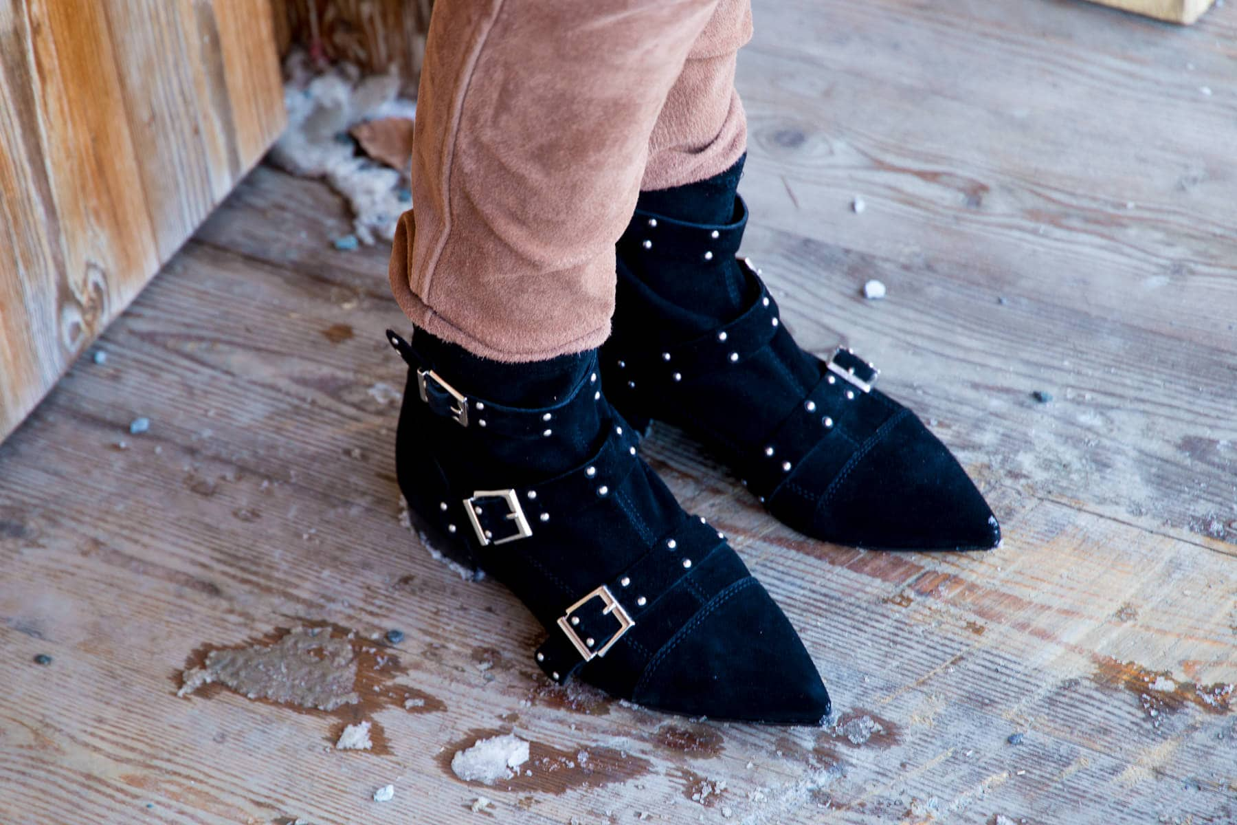 Outfit - Maje Cardigan, Lederhose & Isabel Marant Look-a-Like Boots