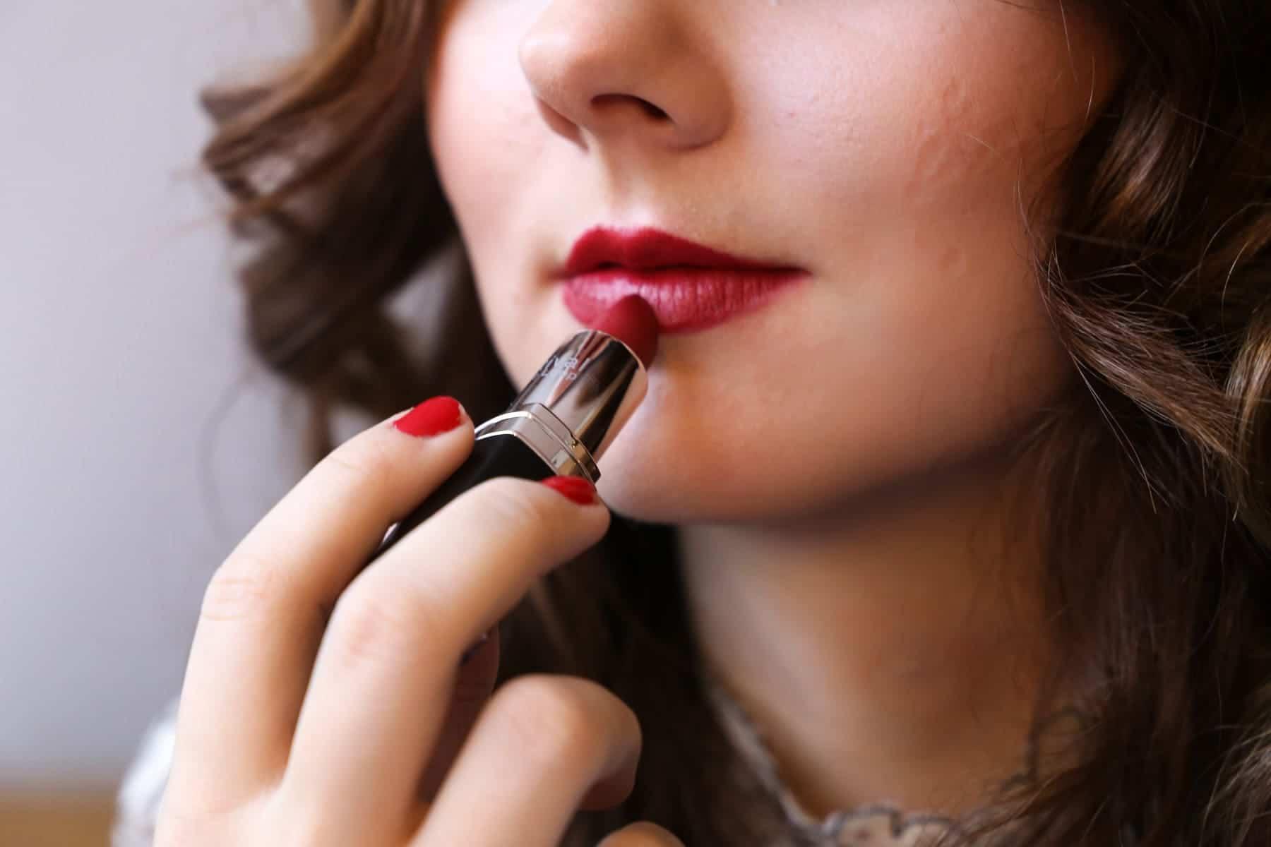 Valentinstags Make-Up – Zwei Varianten für den perfekten, romantischen Look
