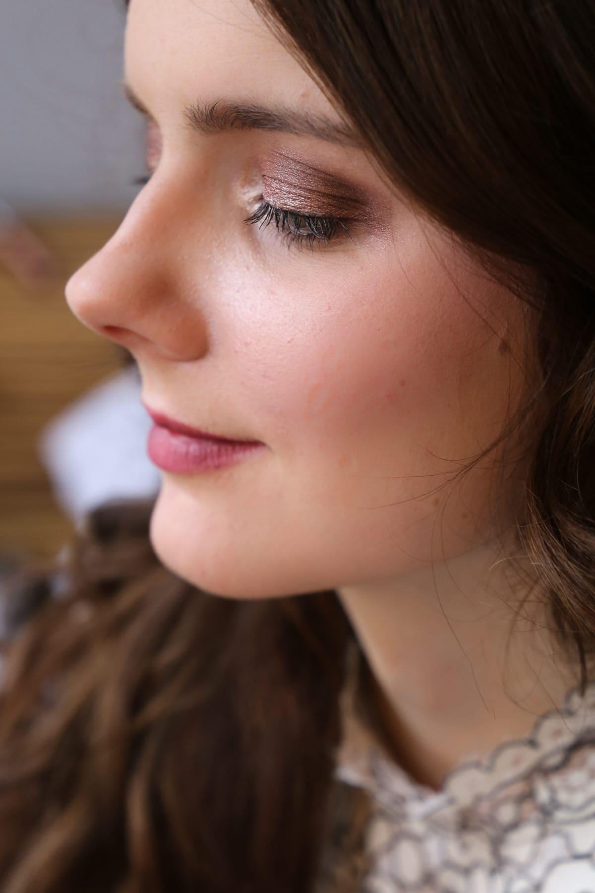 Valentinstags Make-Up - Zwei Varianten für den perfekten, romantischen Look