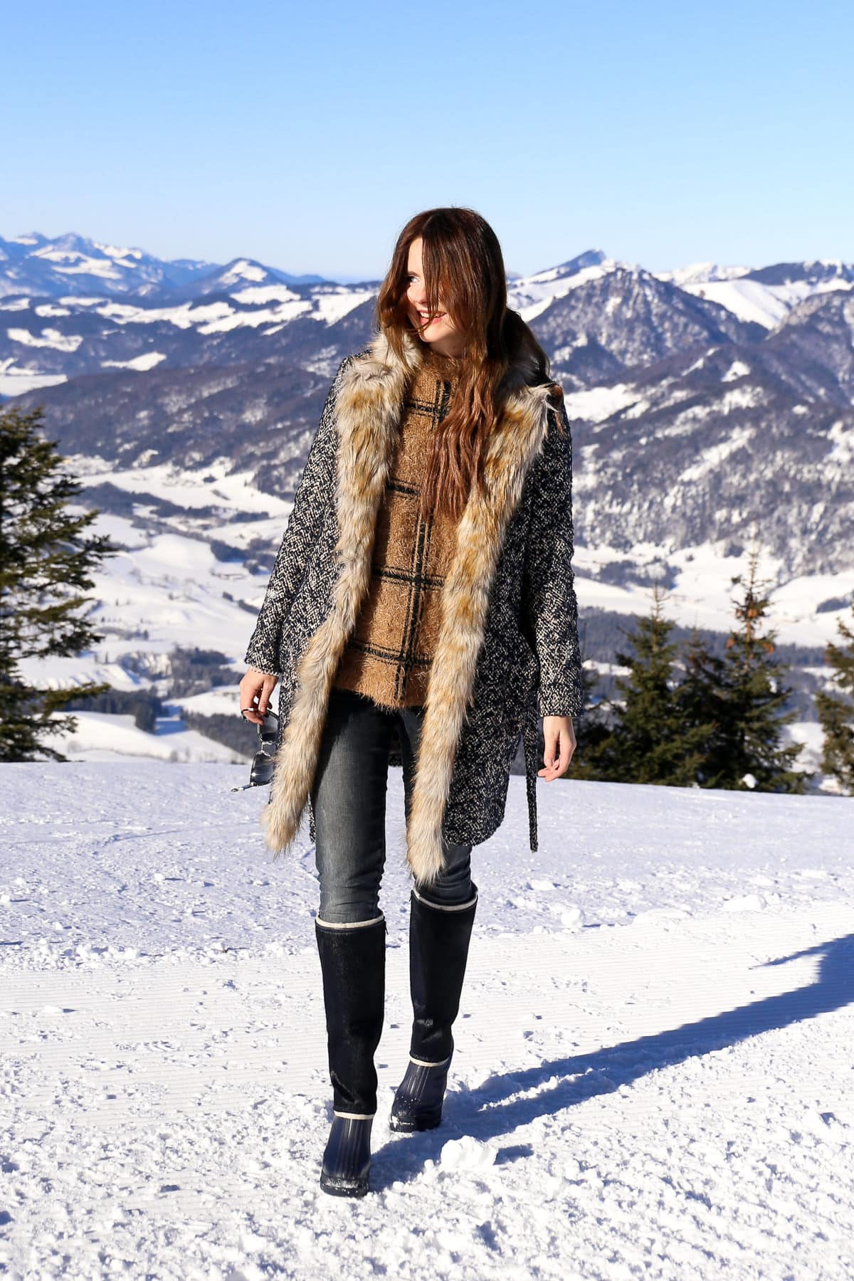 Winter Outfit in den Tiroler Alpen: Warm & stylisch mit Sorel Boots