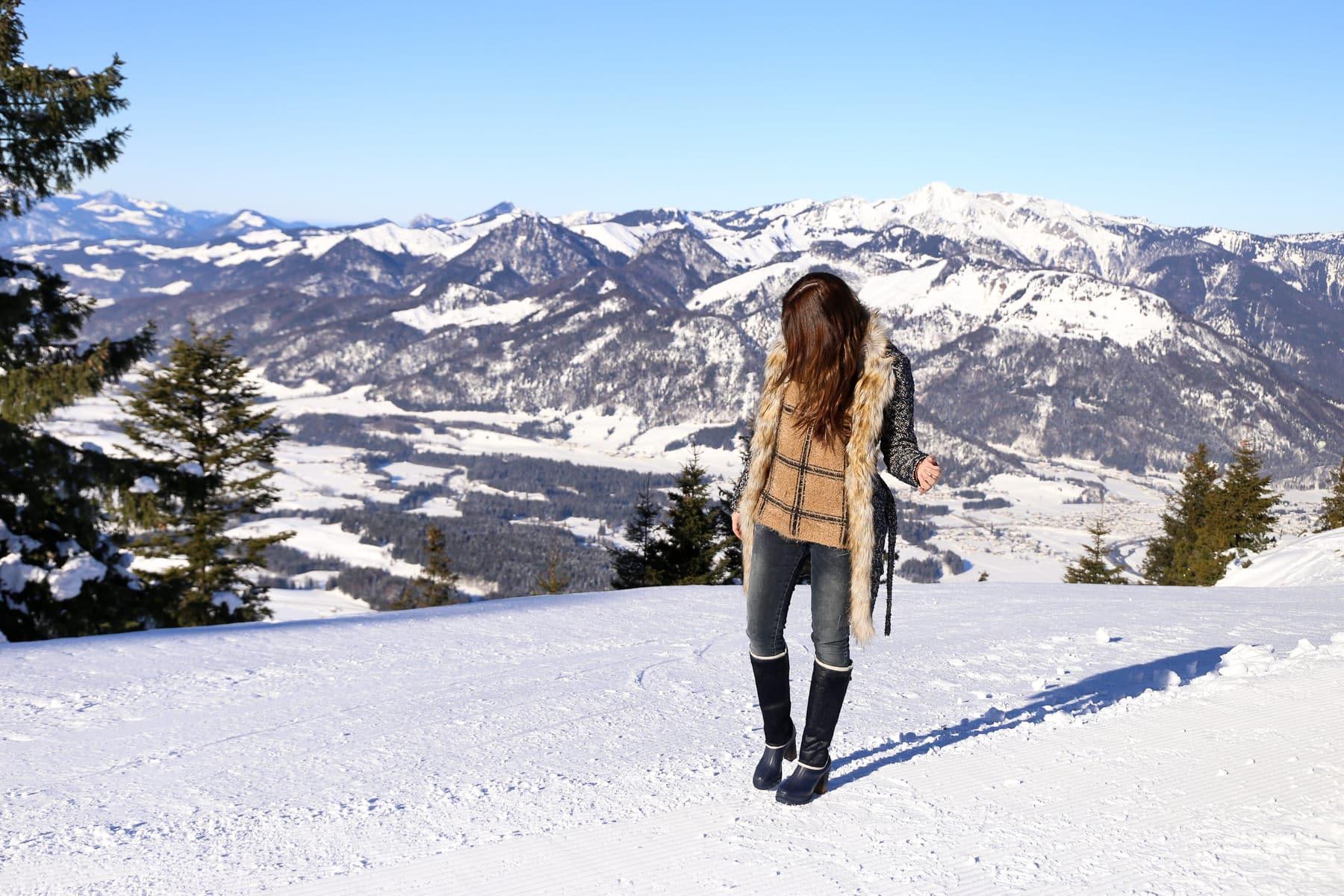 Winter Outfit in den Tiroler Alpen: Warm & stylisch mit Sorel Boots
