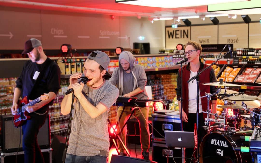 Konzert in Kölner Aldi Süd Filiale: Fargo meets The Voice
