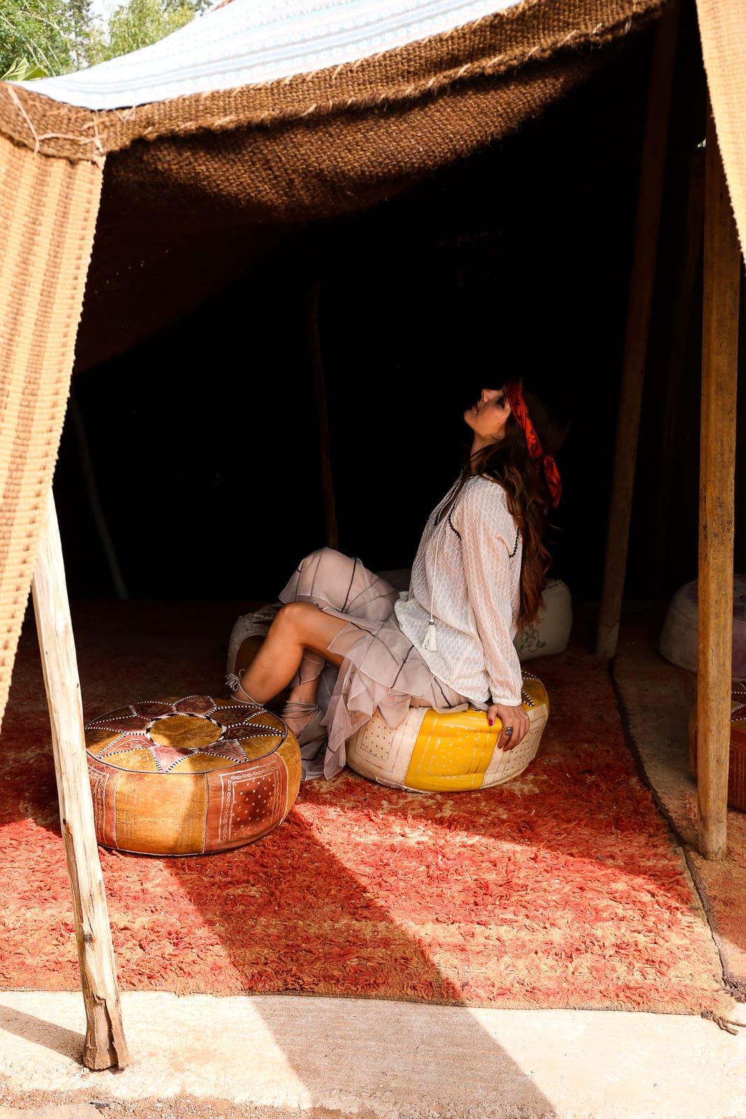 Hippie Look in Marrakesch: Volants Maxirock, Tunika & Beach Waves