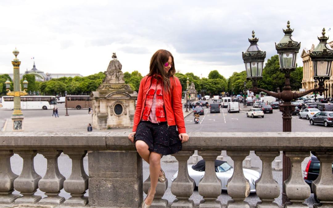 Alarmstufe Rot: Styling-Guide für deine rote Lederjacke