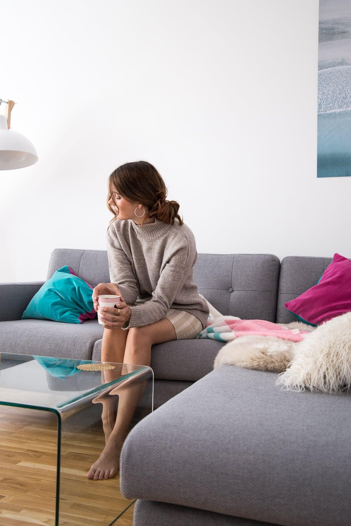 neues sofa fr ein neues sofa das auf der stockholmer stockholm furniture light fair. Black Bedroom Furniture Sets. Home Design Ideas