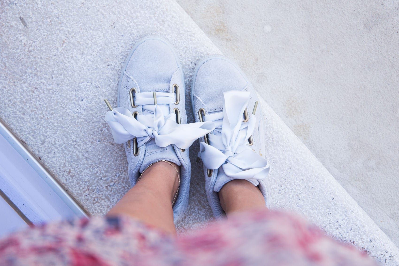 PUMA Basket Heart Suede Sneakers & Bandeaukleid in Mali Lošinj