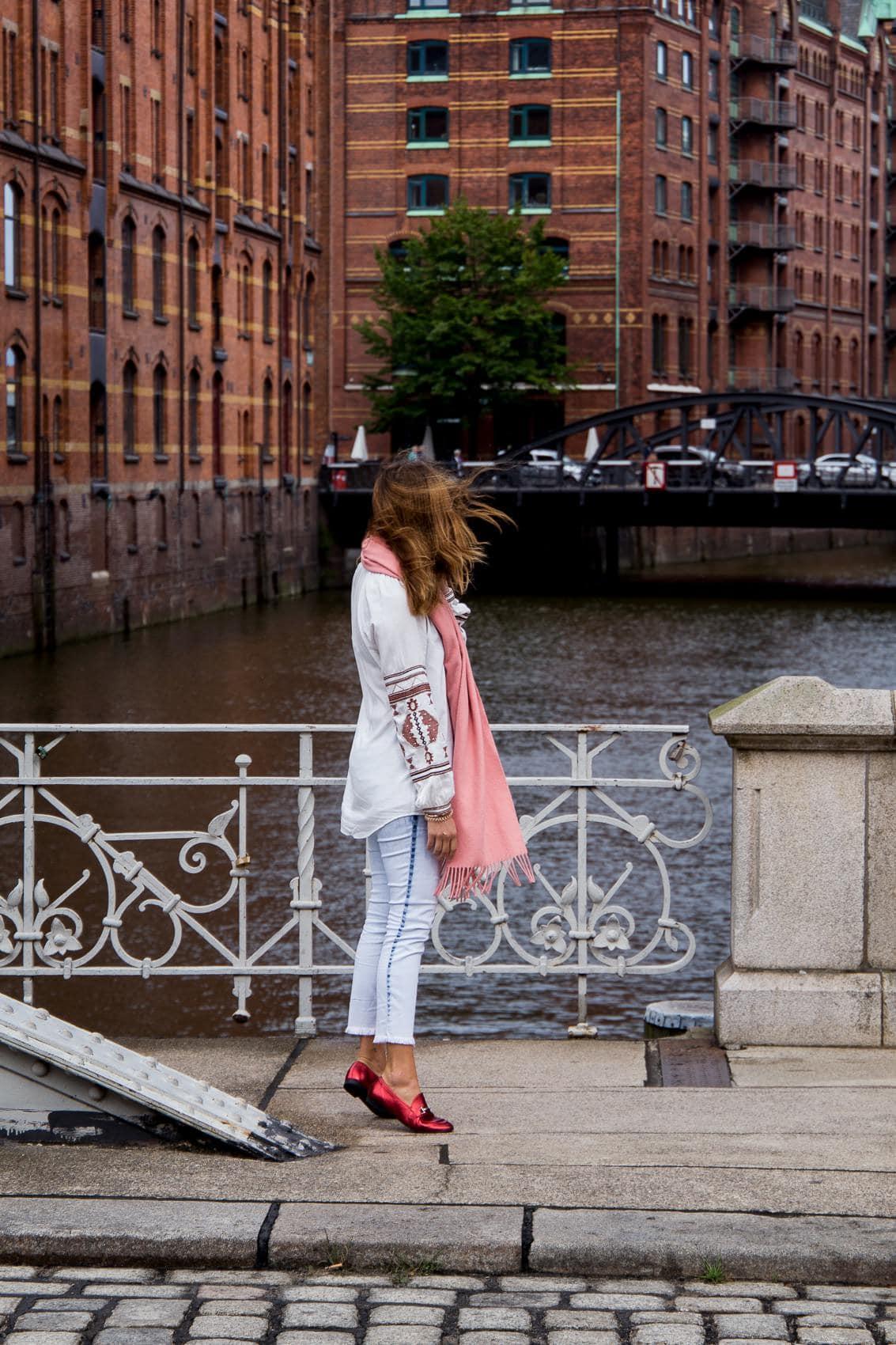 Boho Bluse, Acne Studios Canada Schal & Metallic Loafers in Hamburg