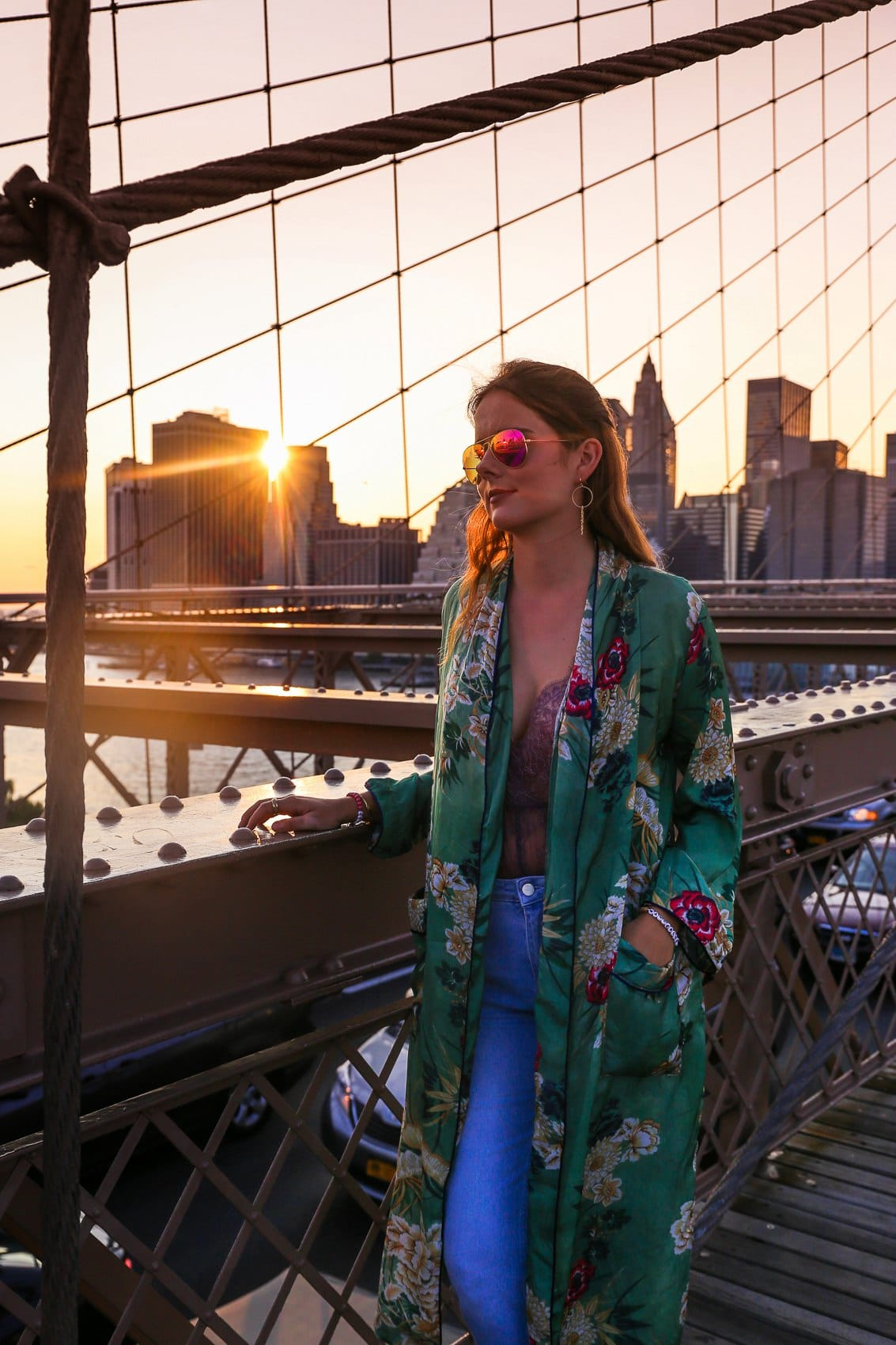 New York Fashion Week Streetstyle auf der Brooklyn Bridge