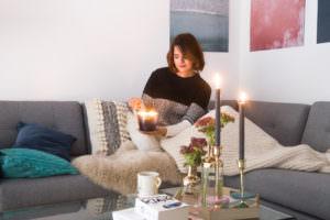 interior-ideen-für-den-winter-wohnzimmer-mit-juniqe-alu-dibond ...