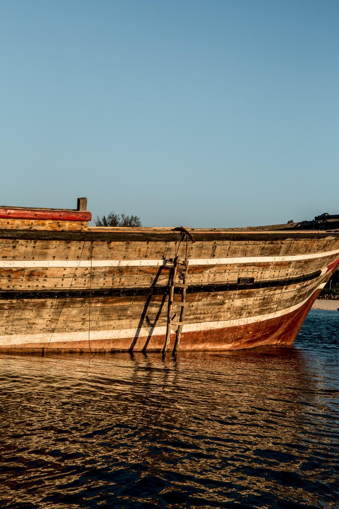 fünf-dinge-die-dich-auf-der-trauminsel-sansibar-überraschen-werden-sunset-cruise-kendwa-beach-reiseblog-des-belles-choses 3