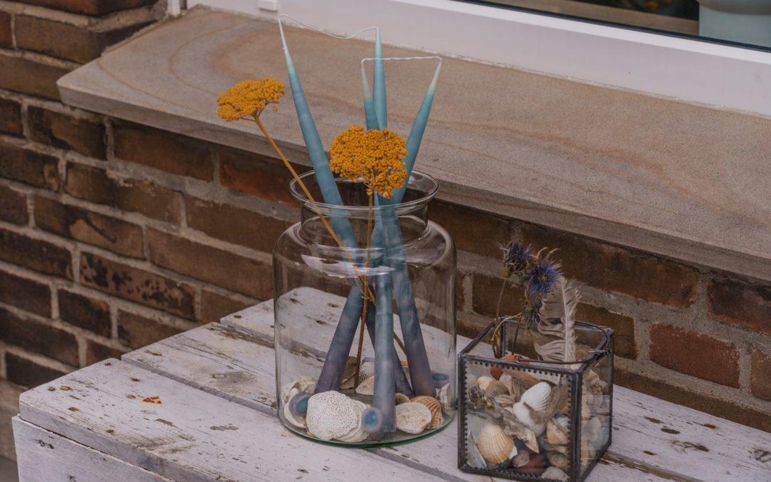 Kerzen ziehen – DIY in maritimen Look mit Muscheln