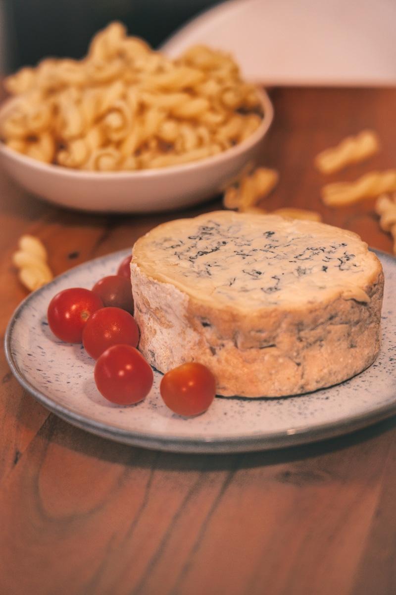 Rezept mit Fourme d'Ambert - Nudeln mit Blauschimmelkäse